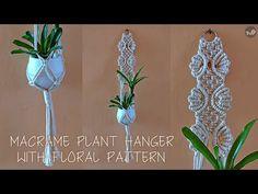 Macrame Plant Hanger Patterns, Macrame Plant Hangers, Macrame Patterns, Macrame Curtain, Macrame Design, Macrame Tutorial, Motif Floral, Fall Crafts, The Creator