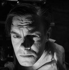 Colin Clive (January 20, 1900 - June 25, 1937) in Frankenstein (1931). 1012×1025 пикс