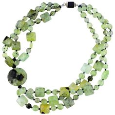 Preowned Stunningly Glowing Brazilian Prehnite Necklace (4.640 BRL) ❤ liked on Polyvore featuring jewelry, necklaces, multiple, strand necklace, preowned jewelry, pre owned jewelry and polish jewelry