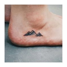 Я хочу mountain tattoo