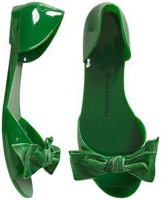at least the bows are green velvet Shoe Boots, Shoes Heels, Shoe Bag, Flat Shoes, Cute Shoes, Me Too Shoes, Green Flats, Peep Toe Flats, Sweet Caroline