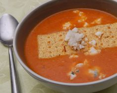 Creamy Cauliflower Soup With Bacon And Gorgonzola Recipe | no meat ...