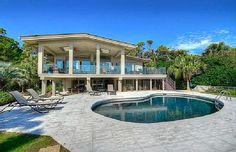 VRBO.com #423966 - 16 Piping Plover -  Oceanfront, Fully Renovated 5 Bedroom Home.  Sleeps 12