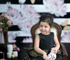 Shipra and Amit Chhabra Photography are an award winning newborn photographer in Delhi. They are amongst the finest kids and maternity photographer in India. Kids Fashion Photography, Children Photography, Newborn Photography, Ms Doni, Ziva Dhoni, Cute Kids, Cute Babies, Ms Dhoni Wallpapers, Ms Dhoni Photos