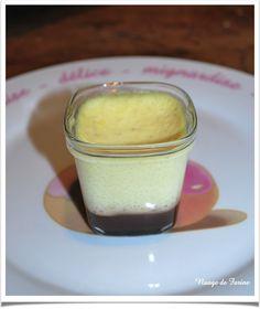 Crème vanille (flan) au coulis de chocolat Multi-Délices Flan Nature, My Favorite Food, Favorite Recipes, Cooking Chef, Milkshake, Mousse, Yogurt, Delicious Desserts, Fondant