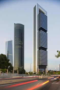 Torre Cepsa | Foster + Partners - Arch2O.com