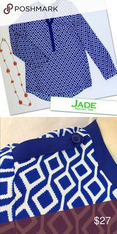 "JADE MELODY TAM  BLUE WHITE PRINT TOP SHIRT BLOUSE JADE MELODY TAM  BLUE WHITE PRINT TOP SHIRT BLOUSE  SZ XS 34-36"" BUST 28"" LENGTH Jade Melody Tam Tops Blouses"
