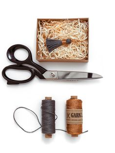 GARN & MEHR - Another object with our linen twine grey combined with copper