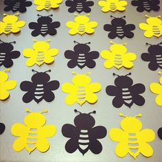 40 Bumble Bee Die Cuts - - Black & Yellow - confetti, card making, scrapbooking, table scatter, DIY craft projects Bee Crafts, Kids Crafts, Black Bee, Birthday Party Decorations Diy, Bee Party, Bee Theme, Diy Craft Projects, Card Making, Baby Shower