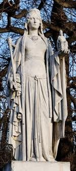 """Statue of Charlemagne's mother and Rhetta's direct ancestor, Bertha """"Broadfoot"""" De Leon. She was a Frankish queen born around 710 in Laon or Leon, which is now Aisne, France. Her husband Pepin the Short is the inspiration for """"Pippin"""" in the play (highly fictionalized of course.)"""