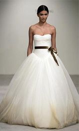 Already have my dress ... Vera Wang Bridal Dress 2009 Collection from the movie Bride Wars