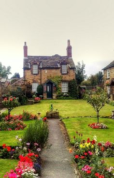 Cottage at Paradise Square Wentworth Yorkshire, England - The history of Wentworth village is inextricably linked with the history of the great aristocratic families – the Wentworths, Watsons and Fitzwilliams. The village itself dates back to at least 1066. - via Sharon H