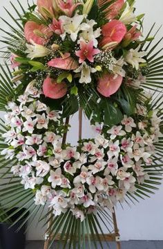 Funeral Sprays, Altar Flowers, Funeral Flowers, Tropical Flowers, Betty Boop, Floral Arrangements, Floral Wreath, Wreaths, Home Decor