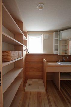 たっぷりの収納と 音楽室のある家 - 木の住まい施工事例 | 株式会社シーエッチ建築工房