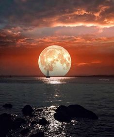 Space Mystery 33 Natur Beautiful Place Destination Must You Visit Before You Die - Most Beautiful Places In America - Moon Photos, Moon Pictures, Stars Night, Natur Wallpaper, Shoot The Moon, Beautiful Moon, Beautiful Places, Wonderful Places, Photos Voyages