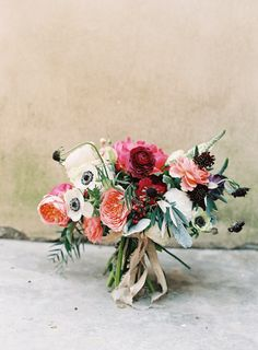pretty textural bouquet with anemone :: Amy Osaba Floral :: Rylee Hitchner Photography Floral Wedding, Wedding Bouquets, Rustic Wedding, Wedding Flowers, Bridesmaid Bouquet, Chic Wedding, Wedding Blog, Wedding Ideas, Arte Floral