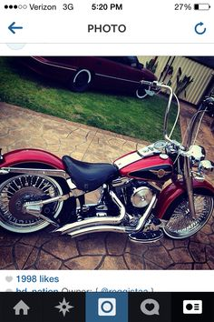 Harley Davidson softail Deluxe Want this shit.