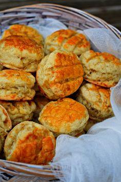 A legnyerőbb vendégváró! Hungarian Recipes, Biscuits, Cupcake, Muffin, Eat, Breakfast, Ethnic Recipes, Food, Drink