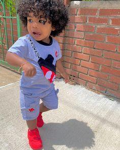 Baby Boy Swag, Cute Little Girls Outfits, Toddler Boy Outfits, Cute Kids Fashion, Little Boy Fashion, Baby Boy Fashion, Cute Black Baby Boys, Beautiful Black Babies, Stylish Little Boys