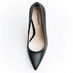 ZURBANO | Stelato - Fish scales print leather pumps in metallic dark green color.