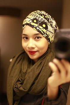 Yuna is always looking fabulous with her headwraps and scarves.