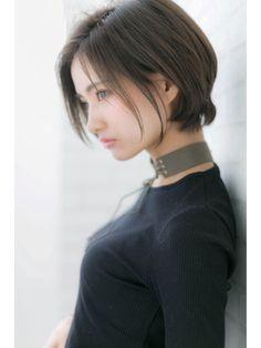 『ROMA』30代40代ひし形シルエットくびれエアリーショート Beautiful Japanese Girl, Beautiful Girl Image, Japanese Beauty, Asian Short Hair, Girl Short Hair, Cute Asian Girls, Cute Girls, Prity Girl, Human Poses