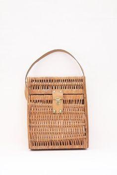 Vintage French wicker bag – picnic bag - wicker tote