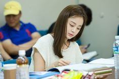 "Kim Tae Hee, Joo Won, & Other Cast Members Meet Up For ""Yong-pal"" Script Reading 