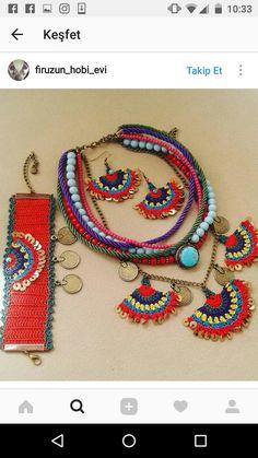 Textile Jewelry, Fabric Jewelry, Jewelry Art, Boho Crochet Patterns, Crochet Earrings, Beaded Necklace, Beaded Collar, Crochet Projects, Hand Embroidery