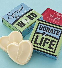 Donate Life Cookie Card Sweeter than a card and only $5 DELIVERED!  Our delightful cookie card includes a FAMOUS individually wrapped Cheryl's buttercream frosted heart cut-out cookie tucked inside a cheerful gift box. We've also included a $5 Reward Card to use on a future purchase. For each gift sold approximately 10% of the purchase price (excluding tax) will benefit Donate Life America. Gift includes 1 gift box, 1 cookie and 1 reward card. OU D.