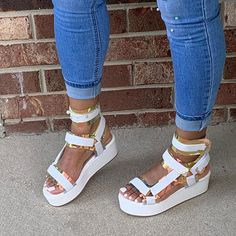 Open Toe Sandals, Cute Sandals, Cute Shoes, Me Too Shoes, Shoes Sandals, Shoes Sneakers, Mens Fashion Shoes, Sneakers Fashion, Style Fashion