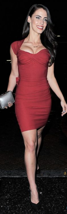 Who made Jessica Lowndes red dress that she wore in London?