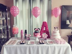 minnie mouse baby shower pink dessert table
