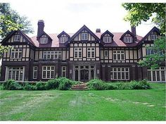 he Gross Mansion, a stately Tudor built in 1921 occupies a city block in historical area of Cambridge.