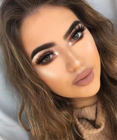 The eye make up is amazing Gorgeous Makeup, Love Makeup, Makeup Inspo, Makeup Inspiration, Makeup Ideas, Mac Makeup Looks, Makeup Trends, Glam Makeup, Skin Makeup