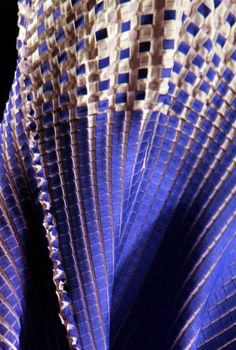 Issey Miyake 2013SS PLEATS PLEASE.  Always amazing fabric manipulation.