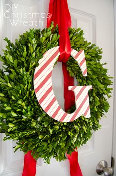 DIY Christmas Wreath | Monogram Wreath Idea from @CraftaholicAnon