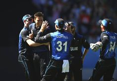 AUCKLAND, NEW ZEALAND - FEBRUARY 28:  Trent Boult of New Zealand celebrates after taking the wicket of Mitchell Starc of Australia during the 2015 ICC Cricket World Cup match between Australia and New Zealand at Eden Park on February 28, 2015 in Auckland, New Zealand.