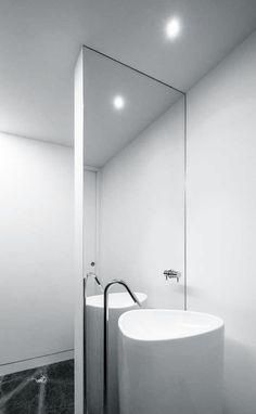 Estúdio Urbano Arquitectos | House in Beloura, 2014 | Sintra, PT