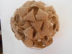 Palle di Natale in stile shabby in tela juta e perle., by Le gioie di  Pippilella, 8,00 € su misshobby.com