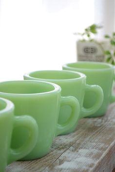 jadite mugs
