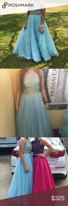 prom dress only worn once for maybe 4 hours . hasnt been altered . payed 500 and looking to get 300 for another dress for prom in a month ! milano Dresses Prom