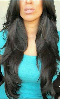 Damn those layers . FarahDhukai's hair is to die for