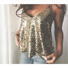 Women Sleeveless Sequin Vest Tops T-shirt Summer Casual Blouse Ladies Tank Top New Years Outfit, New Years Eve Outfits, Nye Outfits, Night Outfits, Sparkly Outfits, Party Kleidung, Look Fashion, Womens Fashion, Ladies Fashion
