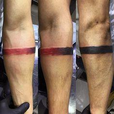 negro-a-rojo-tinta-descolorida-brazalete-de-tatuajes-para-hombres.jpg (600×600)