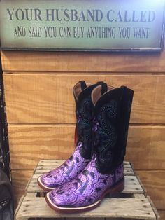 Ferrini Western Cowgirl Embossed Purple/Black Square Toe 8189348070