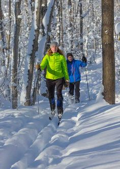 Best Nordic Skiing and Snowshoe Locations - Ontario Ski Trails Cross County, Nordic Skiing, Snowshoe, Cross Country Skiing, Plan Your Trip, Ontario, Trail, Winter