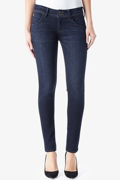 Shimmy into our Collin Skinny jeans in Elemental for effortless and amazing slim-fitting denim. It is fitted from the waist to the ankle, with a comfortable mid-rise and our signature button-flap back pockets.Free Shipping and Free Returns!