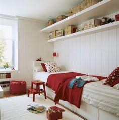 Habitación infantil en blanco y rojo
