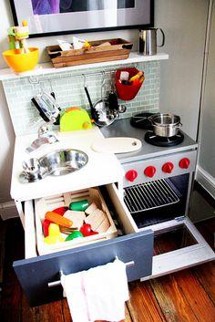 IKEA Hackers: DIY Play Kitchen